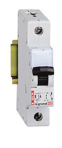 DX Standard 1P 10A B 6000A/6kA kismegszakító