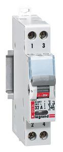 Lexic moduláris kapcsoló 2P+j 20A