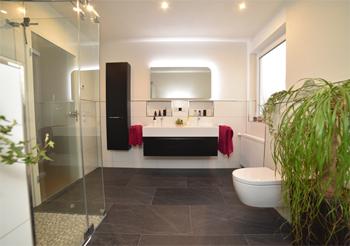 Badezimmer nach Modernisierung